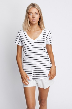 Bonds The Vee Tee Shore Stripe