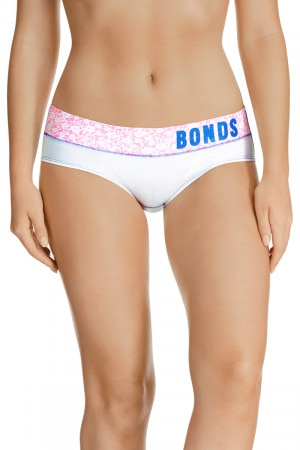 Bonds Match Its Bikini White & Daisy Field